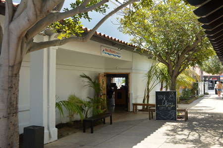 Mrs Olson's Coffee Hut in Oxnard at Channel Islands Harbor